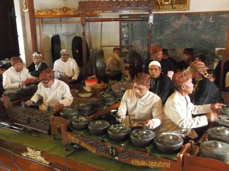 Musik Goong Renteng khas dari sunda